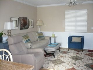 New And Beautiful--2 Br, 2.5 Bath:  Walk To Village, Pier, And The Beach
