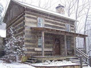 Mid-1800s Restored Log Cabin: Take advantage of great winter rates! Just $89/nt