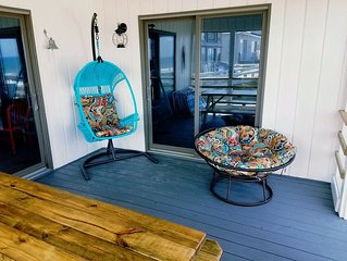 """'What's In A Name?""""  Oceanfront, Sleeps 16"""