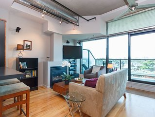 THE REEF-  Urban Chic Oceanview Condo Downtown Victoria