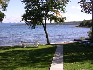 Lakefront on Lake Superior, large private sandy beach cottage