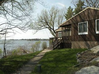 AMAZING VIEWS, DIRECT H20 ACCESS, 2 DOCKS, PRIVATE LANE