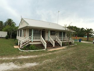 Happy Hour House At Red Fish Bay- Welcome Duck Hunters and  Anglers