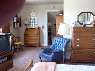Great Mtn Views, 5min to Historic Downtown Sqr & Whiskey Row, 2bd/2ba Sleeps 4-7