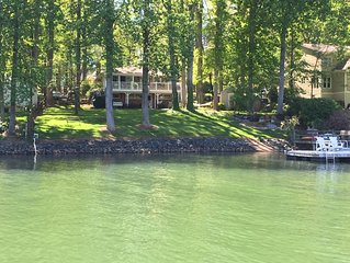 Charming Lake Norman Home- Beautiful Quiet Cove 'Great for Family's.'