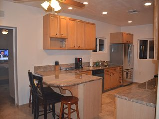 COZY 3 BR TANQUE VERDE HOME, 5 ACRE RANCHETTE, HUGE POOL/DECK CLOSE TO SHOPPING