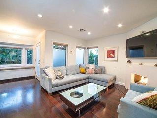 Stylish Home in Hip Mar Vista