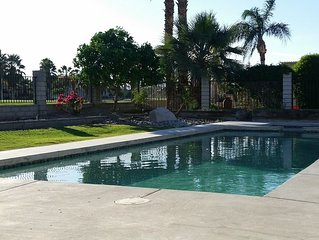 Private Pool & Spa w/Golf & Mtn Views! Sleeps 6! - Indian Palms Country Club