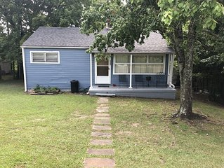 Older cozy efficiency home near downtown Birmingham and UAB