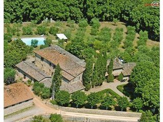 Il Boschetto meravigliosa villetta per 5 persone con splendida piscina