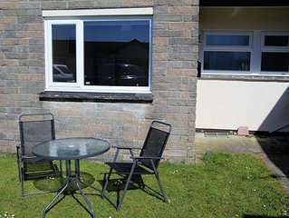 Quiet Cornish Chalet, bordering a nature reserve on the Lizard Peninsular