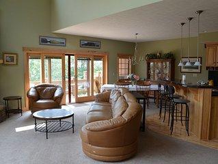Luxurious 5 Bedroom Slopeside Inn at Southwind 7Springs