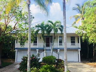 Spacious updated Sanibel home with private pool near Bowman's Beach