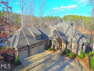 Masters Week - Luxury 6 BR Lakefront Home w/Spa in Harbor Club on Lake Oconee