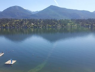 Invermere Bay Lakefront Condo with beautiful view...