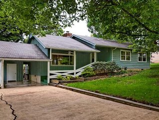 Mid-century Ranch House, Excellent Location, Wonderful Outdoor Space!