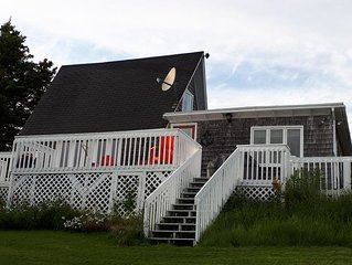 Cottage Dream is your peaceful escape. FREE WIFI