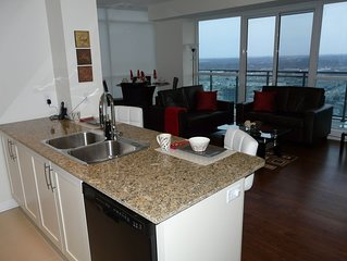 2 Bedroom  2 Bathroom Fully Furnished Trendy Condo Near Square One With Un