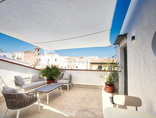 in the earth of old town - modern and bright home with terrace