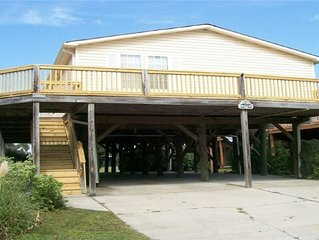 South of Myrtle Beach: Surfside Beach -  200 yards from the Beach