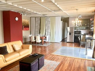 SAVE NOW GasLamp Prime Location Large Loft -  1 Bath, Sleeps 6