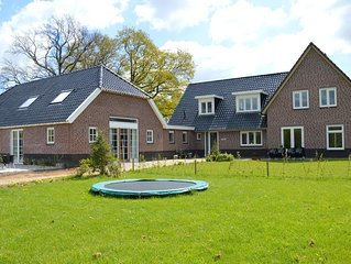 Holiday home with fantastic view and large terrace in the heart of Achterhoek