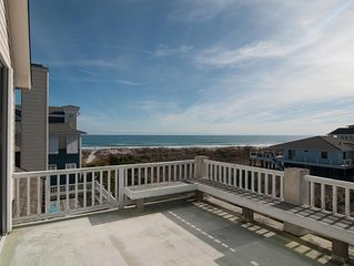 Ample Space For The Family To Spread Out And Enjoy Time At The Beach!