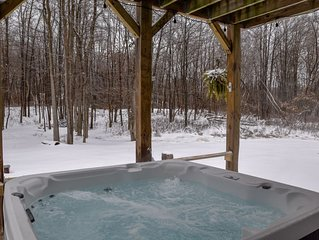 Spacious home with HOT TUB,perfect family getaway, BEST LOCATION in the Poconos!