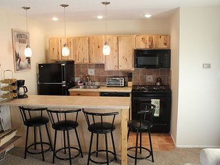 Winter Park 2 bdrm, Beautifully Updated, Walk2town, New Pool and Rec Center!