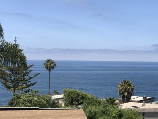 Beach House Sleeps 8, Amazing Views, Walk To Beach - 30 Day Minimum Rental