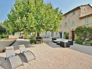 Large, renovated bastide in the South of France, near Valbonne