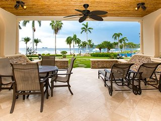 Beautiful, Luxury Beachfront Villa in the prestigious Palms development