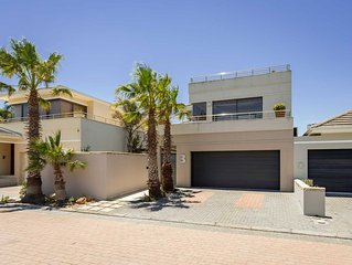 Home away from home on a secure golf estate, situated next to the ocean and golf