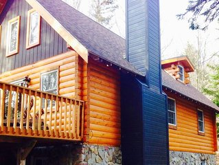 Jay Peak Log Cabin, Available for Holidays!