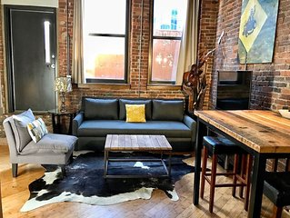 Stay Downtown Nashville Walk Everywhere! No Show Jones, Sleeps 6 MusicCityLoft