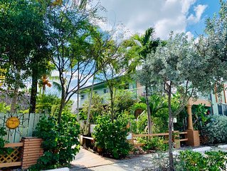 Relaxed Beach living - 1 Bed/1 Bath with Private Garden