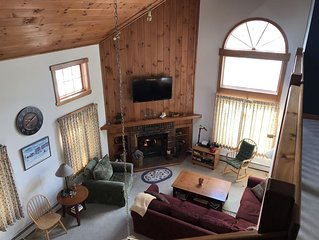 Mount Snow 5 bedroom upscale townhouse.