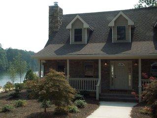 Beautiful Lake Burton Lake Front Home-Sleeps Up To 14!
