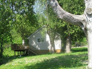The Pine Cottage at Shiloh Cottages - Fenelon Falls