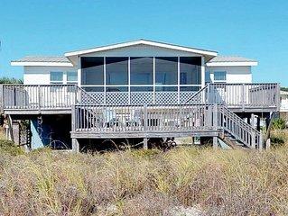 FREE BEACH GEAR! Beachfront, Pets OK, Screened Porch, Wi-Fi, 2BR/2BA 'Low Key'