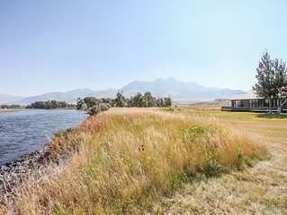 Yellowstone River frontage home 25 minutes from Yellowstone National Park