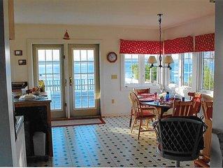 Maison Du Cap - Oceanside House - Cape Ste. Mary, NS