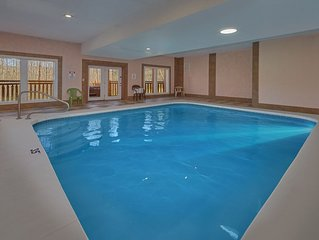 Enjoy a Private Indoor Heated Pool Cabin 3 Minutes From the National Park