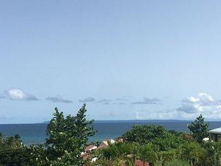 Villa de charme vue mer panoramique au calme, au fond d'une impasse