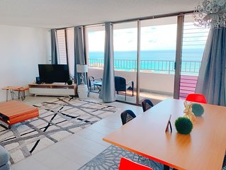 Spacious and Modern in the Heart of Waikiki! Royal Kuhio 37th ocean view