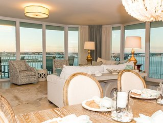 Gorgeous Corner Unit huge water views!  Reviews tell it all!  Book now for 2019