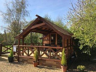 Luxury Cedar Lodge Nr Bath & Bristol