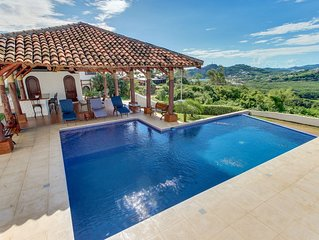 Long-term discounts: Elegant villa w/ shared pool, gorgeous bay and ocean views!