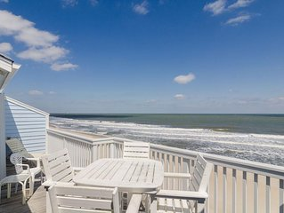 Wonderful oceanfront condo with recent updates, indoor / outdoor pools.