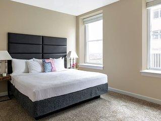 Amazing Madison Street Apartment